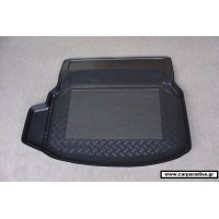 Mercedes C W-204 S4 2007 back seats leaning